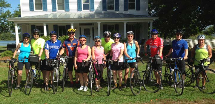 cyclists at Inn at Tabbs Creek