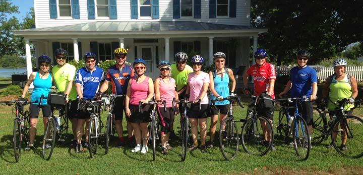 cyclists at Inn at Tabbs Creek