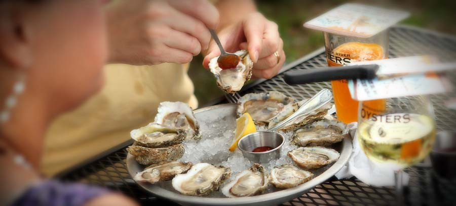 oysters and wine pairing at Merrior